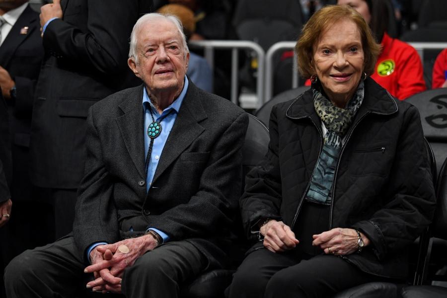 Hospitalizan a ex Presidente estadounidense Jimmy Carter por caída