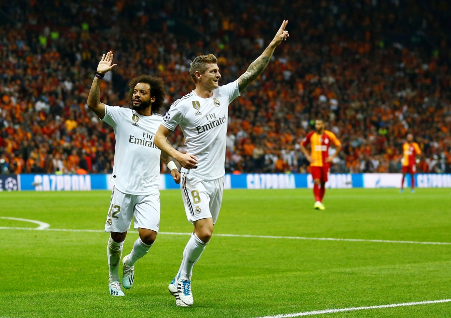 Real Madrid vence al Galatasaray y Zidane respira