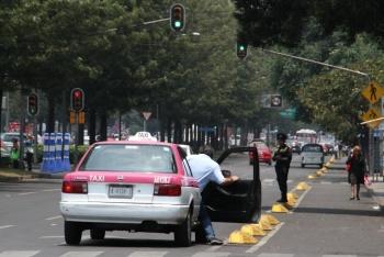 Taxis con 10 años o más, dejarán de circular en la CDMX