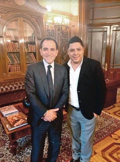Ricardo Gallardo prioriza conectividad en SLP