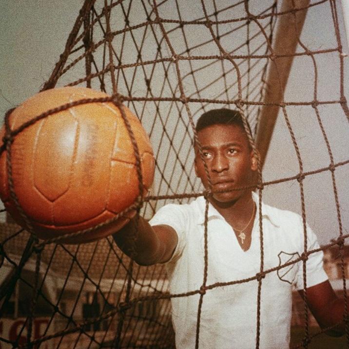 Pelé, una leyenda que cumple 79 años