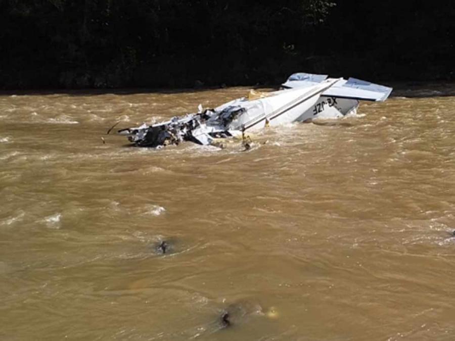 Cae avioneta en Michoacán y confirman cinco personas muertas