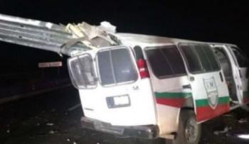 Muere migrante camerunés tras choque de camioneta del INM, en Sonora