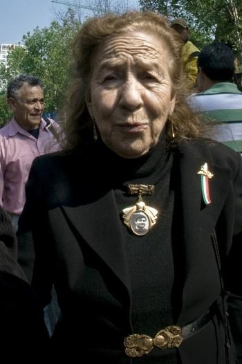 Destaca AMLO lucha de Rosario Ibarra por los desaparecidos