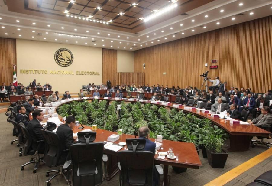 INE comienza batalla legal para salvaguardar democracia en BC