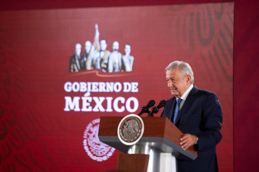 Asegura López Obrador que es momento de cambiar modelo económico en Latam