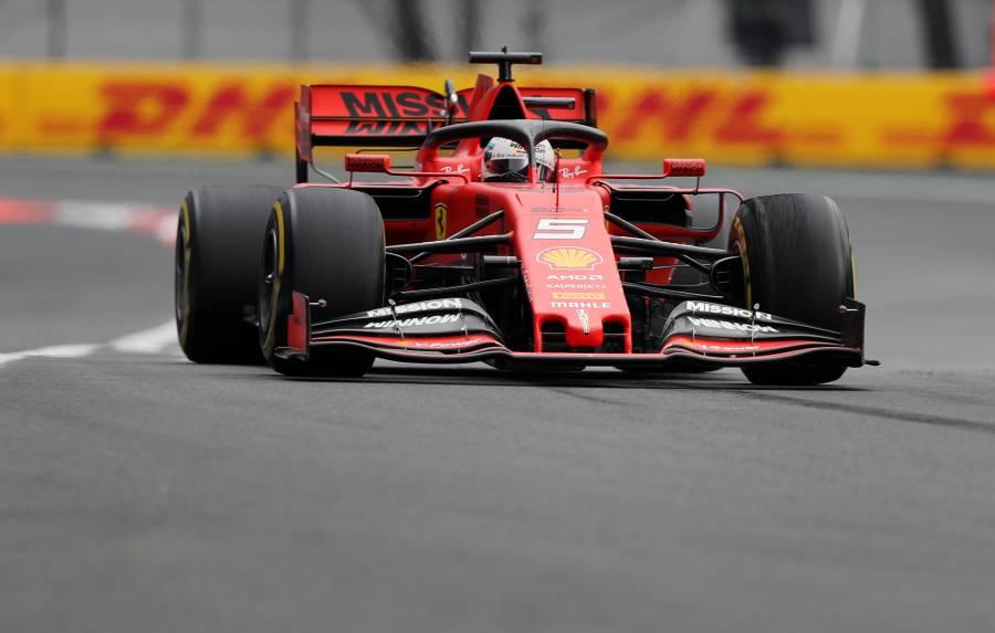 """Vettel se lleva la segunda sesión en prácticas del GP de México; """"Checo"""", fuera del top ten"""