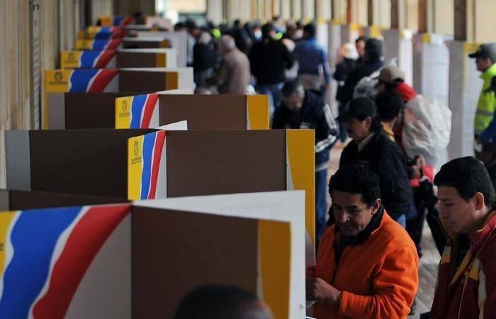 Elecciones generales en Argentina cierran con más del 80% de participación