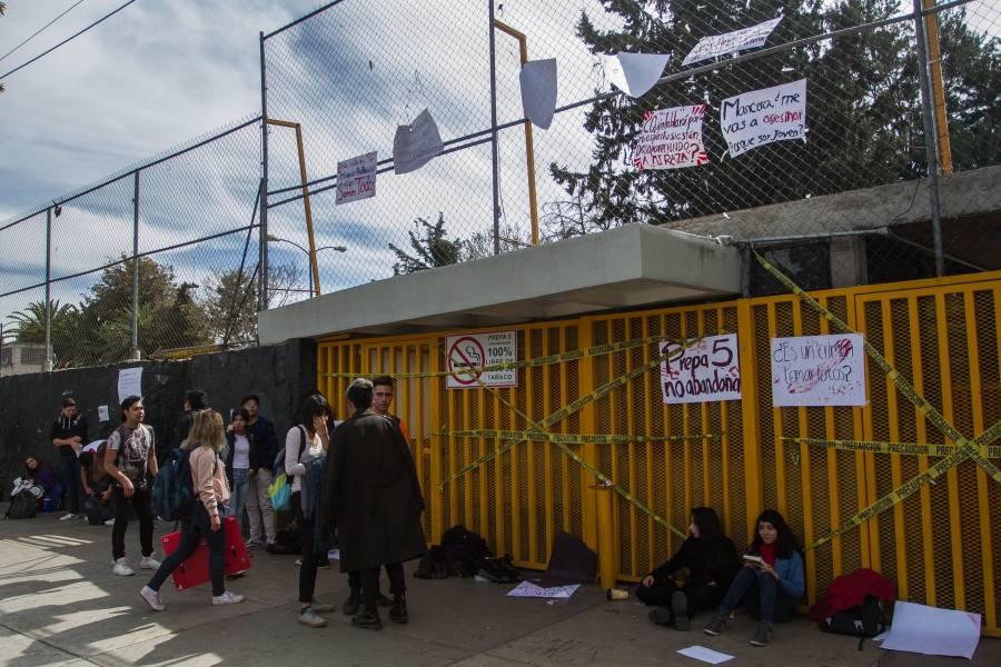 4 planteles de la UNAM se encuentran en paro indefinido