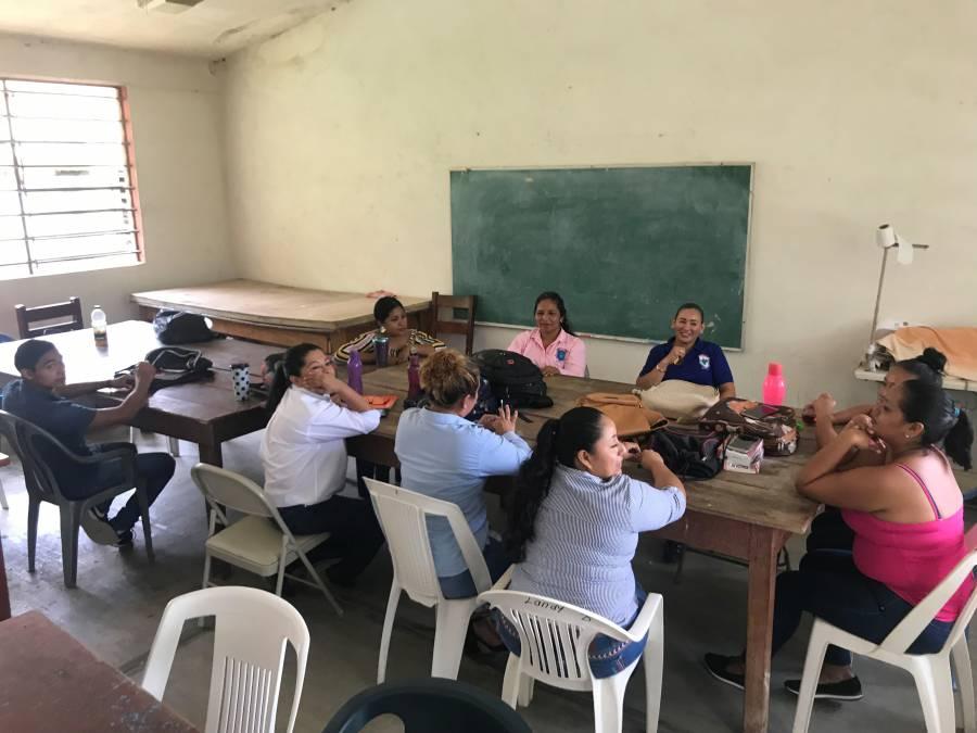 "AMLO: En Michoacán se ""ensaya"" proyecto para federalizar nómina magisterial"
