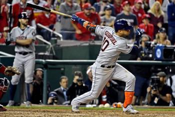 Astros ganan y se colocan a un paso del título de la Serie Mundial