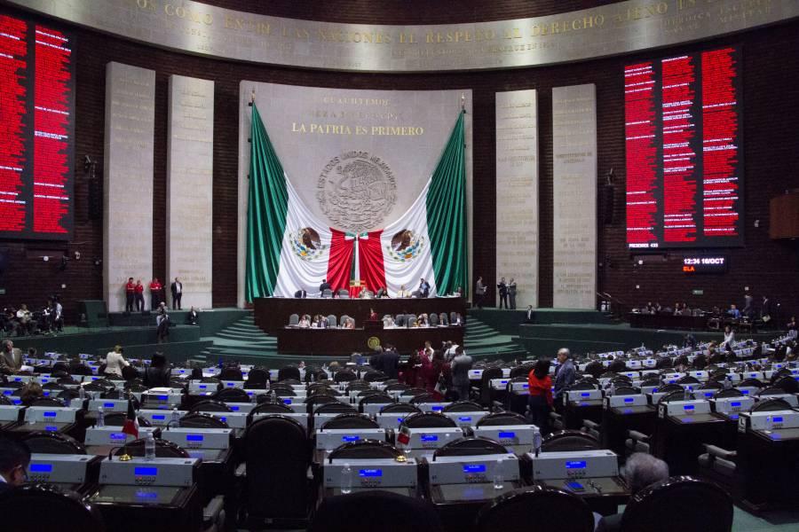 Pide Presidente estar atentos a votación sobre reducción de prerrogativas a partidos