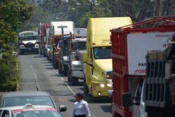 Transportistas anuncian paro nacional; bloquearán carreteras de todo el país
