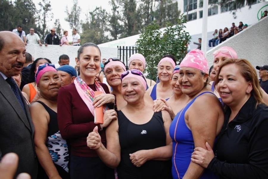 Inauguran Sheinbaum y Quintero alberca en la Magdalena Mixhuca