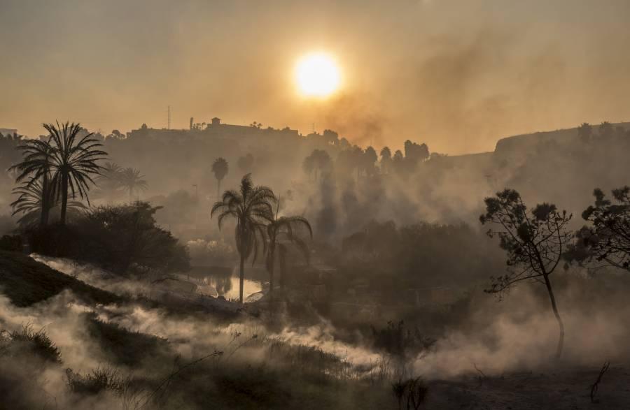 Emiten declaratoria de desastre por incendios en Baja California