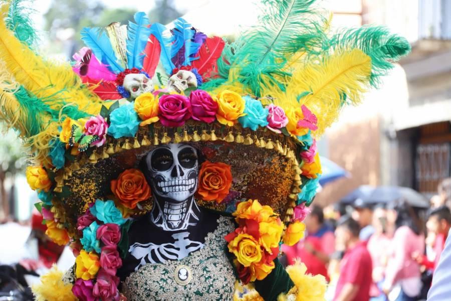Conoce la ruta y alternativas viales por el mega desfile de Día de Muertos