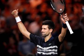 Djokovic se instala en las semifinales del Masters de París