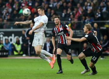 Bayern Múnich es goleado por Frankfurt y se aleja del liderato