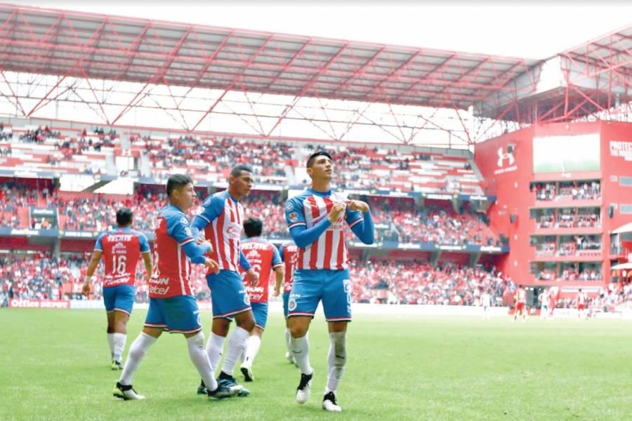 Con doblete a Toluca, Alan Pulido se acerca al campeonato de goleo