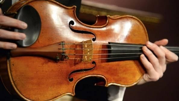 Destacan a mexicanos en construcción de violines