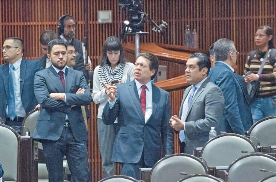 Morena va por avalar reducción a los recursos de los partidos