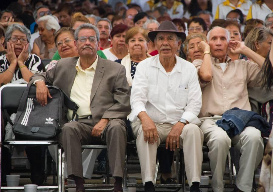 Anuncia AMLO que pensión para adultos mayores se incrementará de acuerdo a la inflación