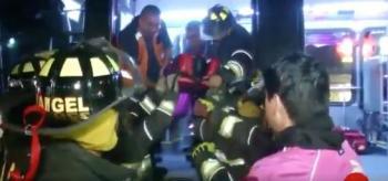 Incidente entre Metrobús y vehículo deja heridos en la Del Valle