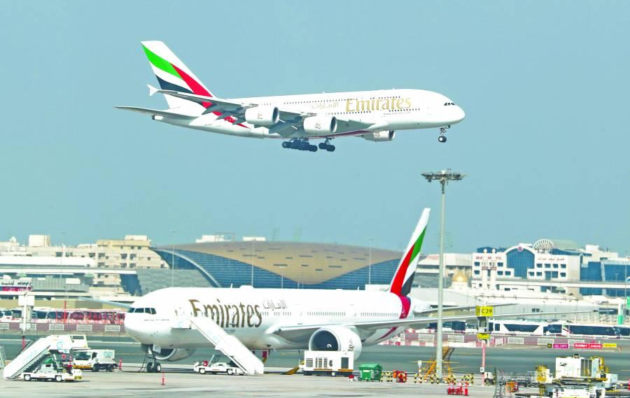 Emiratos consigue ruta México-Barcelona-Dubái, pilotos acusan riesgos