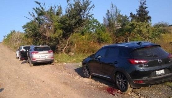 Localizan 7 cuerpos dentro de camionetas abandonadas en Tonalá