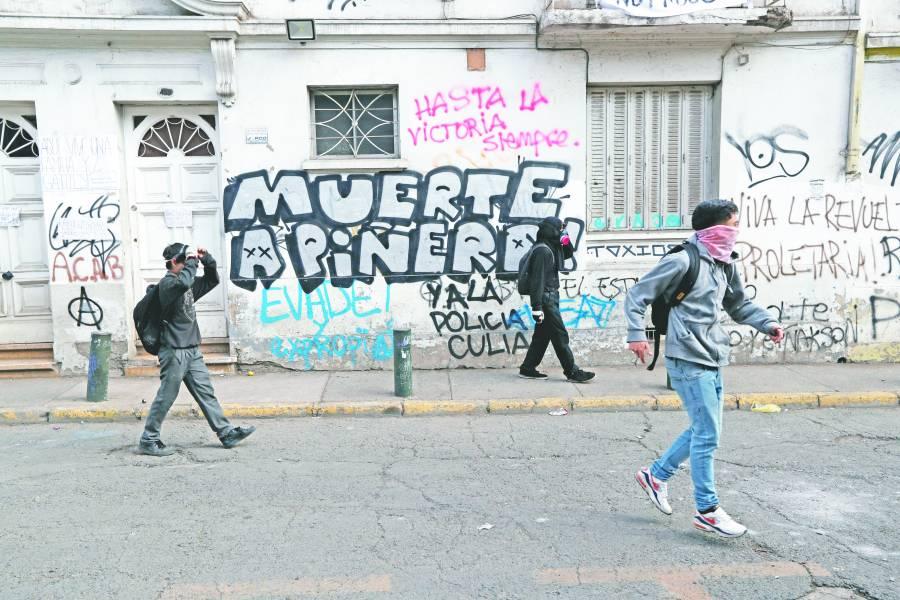 Piñera alista aumento salarial en un  nuevo intento por frenar protestas
