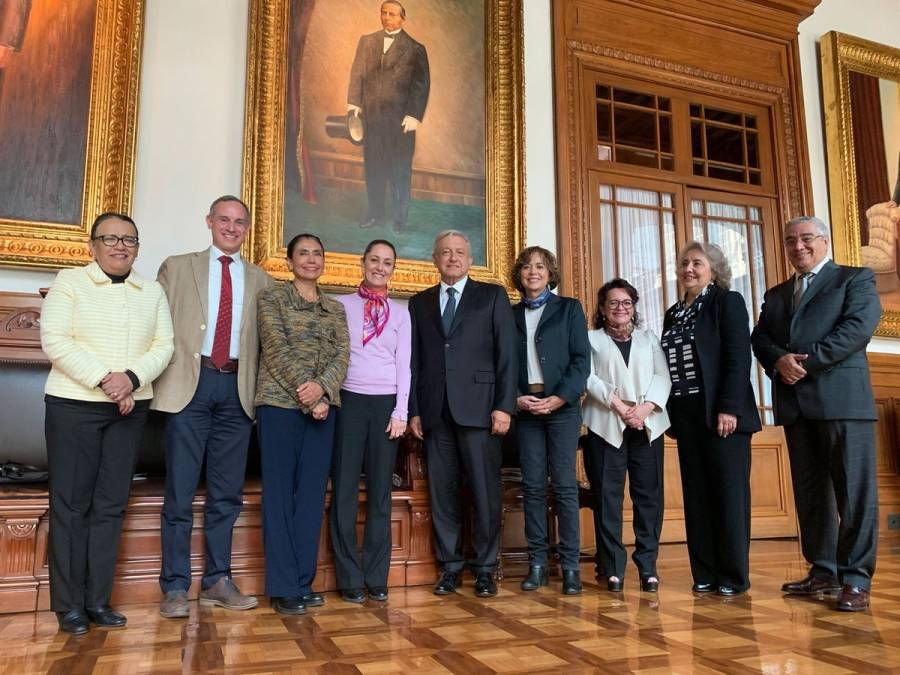 Anuncia López Obrador la Universidad de la Salud en la CDMX