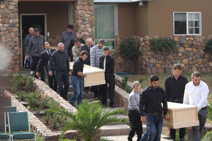 Militares custodian funeral de la familia LeBarón