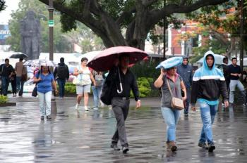 Prevén lluvias dispersas este jueves en el Valle de México