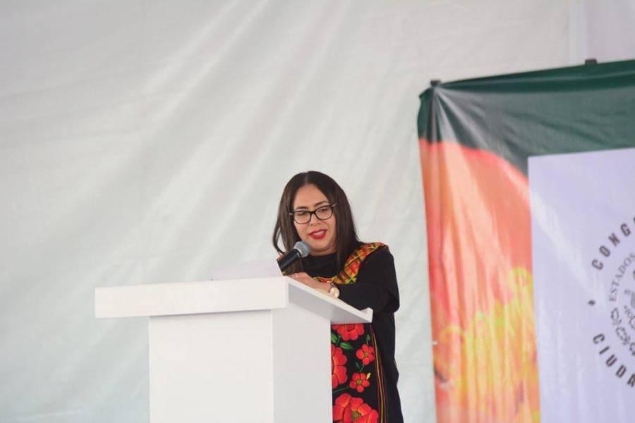 Rinde diputada de San Lorenzo Tezonco su primer informe de actividades