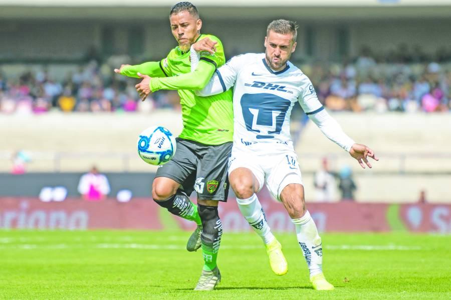 Pumas tira su boleto a la Liguilla tras empate con Juárez