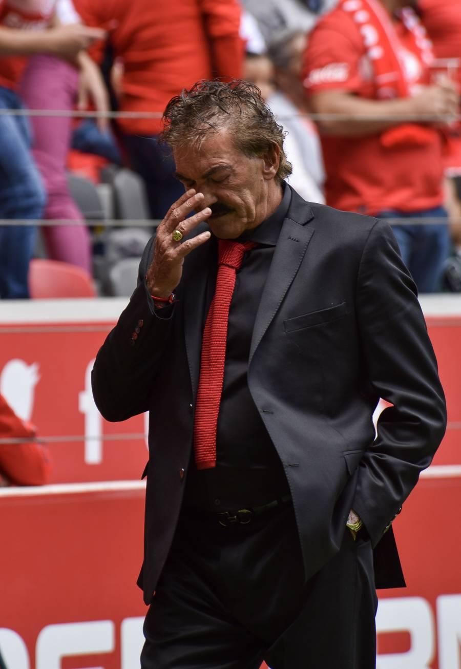 La Volpe, noveno técnico en ser despedido en el Apertura 2019