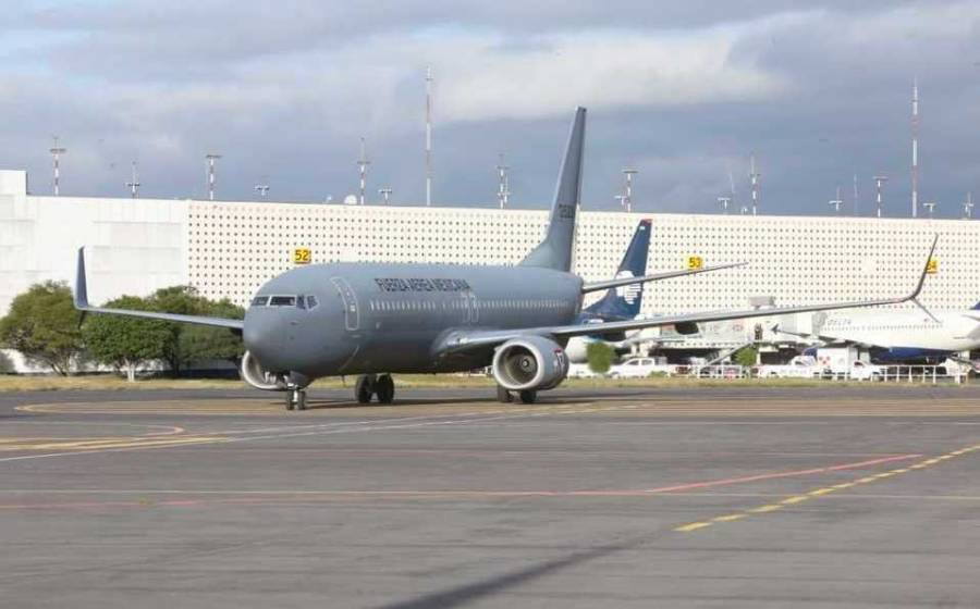 Envían avión de la Fuerza Aérea Mexicana a Bolivia por Evo Morales
