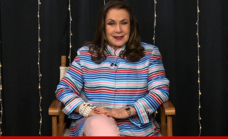 Laura Zapata, es criticada en Twitter por discriminar a Senadora