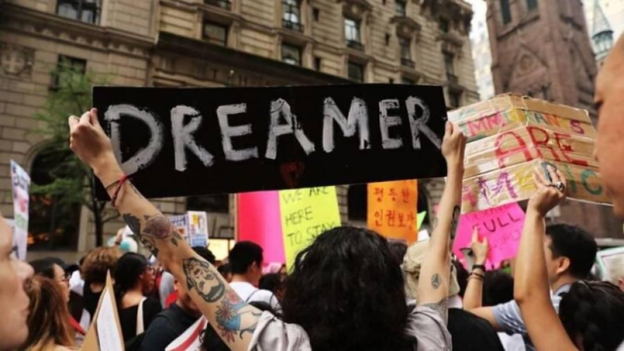 "Microsoft luchará a favor de ""dreamers"" en Corte Suprema de EU"