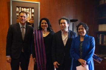 Con máximo galardón cultural premian a jurista, dramaturgo, artesana y linguista