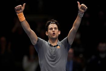 Thiem derrota a Djokovic y avanza a semifinales en el ATP Finals