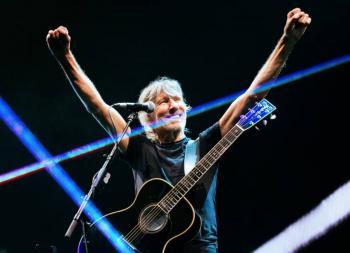 Roger Waters muestra su apoyo a Evo Morales