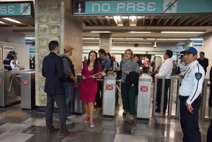 Suspenden servicio en metro Candelaria por manifestantes