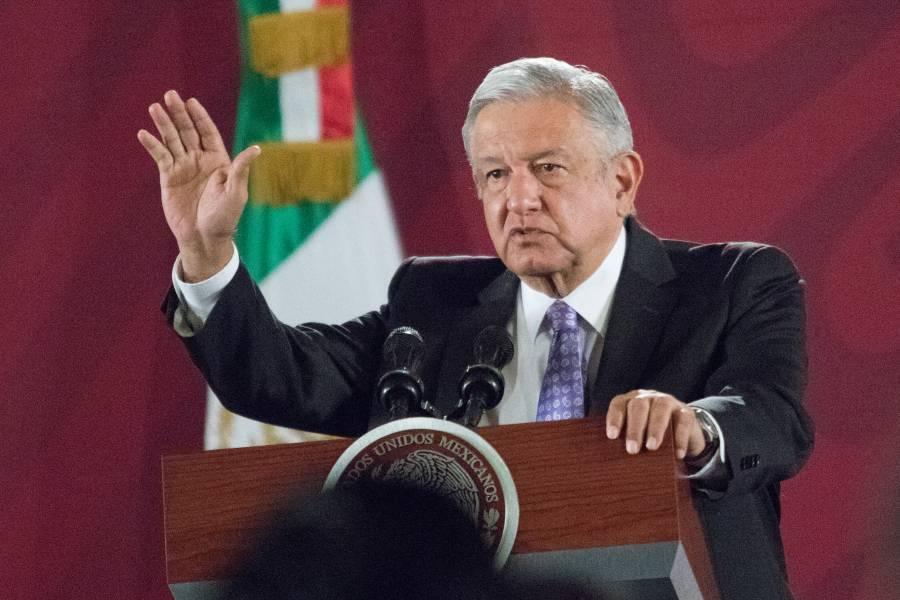 "Falta poco para crear marco legal de la 4T: AMLO; dice que espera que no vuelva ""maleantada"" al poder"