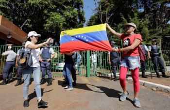 Partidarios de Guaidó irrumpen en embajada de Venezuela en Brasilia