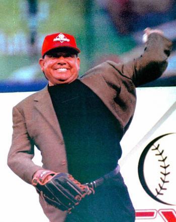 Tras cinco años, Fernando Valenzuela ingresa al Salón de la Fama del Béisbol
