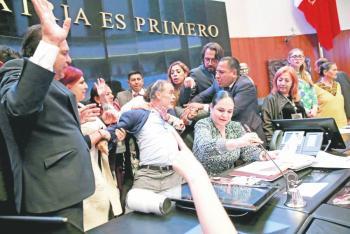 Entre jaloneos, protesta Rosario Piedra como titular de la CNDH