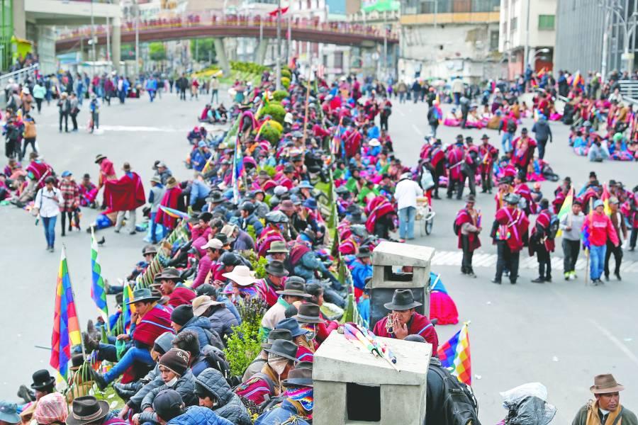 Miles piden el regreso de  Evo Morales en La Paz