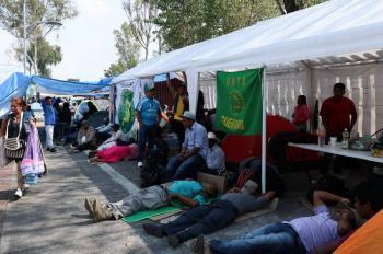 Por cuarto día, campesinos mantienen bloqueo en San Lázaro