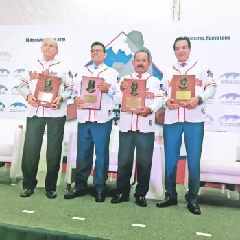El Toro Valenzuela toma su lugar en el olimpo del beisbol